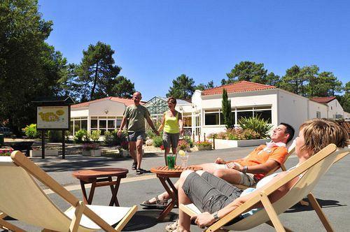 Village vacances en pension compl te longeville sur mer for Vacances pension complete